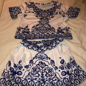 cute white and blue paisley set